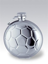 0171039_soccer-hip-flasks.jpg