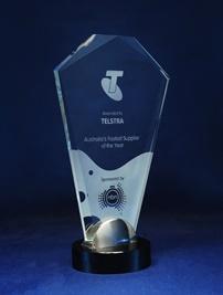1209_glass-trophy.jpg