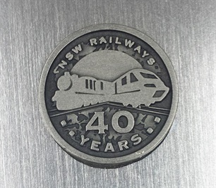 badge-metal-1-sydney-olympics.jpg