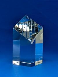 bct0004-l_square-slanted-crystal-block_bravo-1.jpg