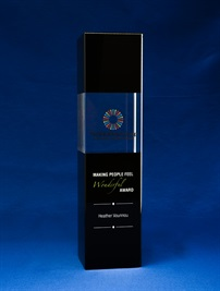 bct0140-bk_noir-clair-crystal-tower-award_br-1.jpg