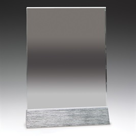 gm104-alt_discount-glass-trophies-awards.jpg