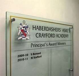 hba-cv_clear-acrylic-honour-board-3.jpg