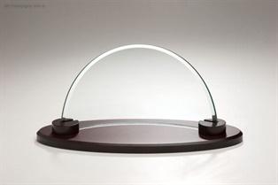 ip80mi_glass-trophies.jpg