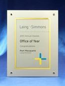 pfa7_prestige-plaque-laing-simmons.jpg