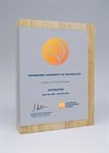 qw175-mw_timber-award.jpg