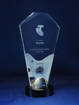 1209_glass-trophy.jpg