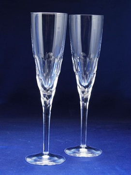 1290-720_waterford-crystal-champange-flutes.jpg