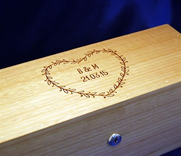 box-laser-engraving_wine-box-laser-engraved.jpg