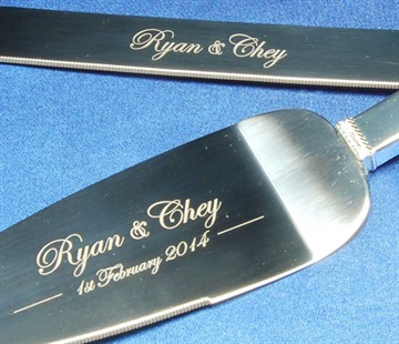 cake-knife-engraving-set.jpg
