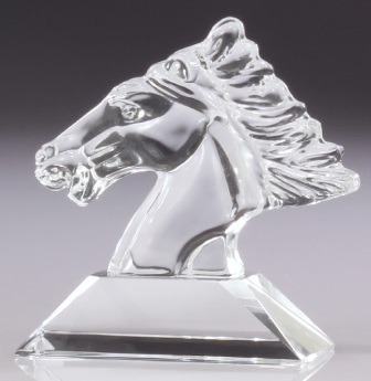 cc159_crystal-horse-head-trophies.jpg