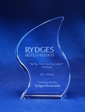 ck01a_crystal-trophy-rydges.jpg