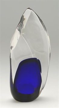gb06_crystal-trophy-blown-glass.jpg