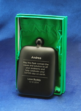 gift-engraving_whiskey-flask-.jpg