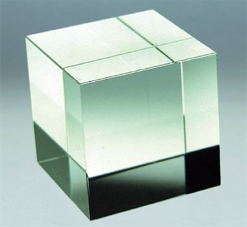 jip0087_crystal-cube-no-cut-clear-60mm.jpg
